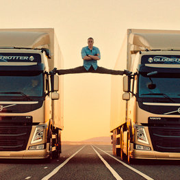 Volvo FM: «The Epic Split»: