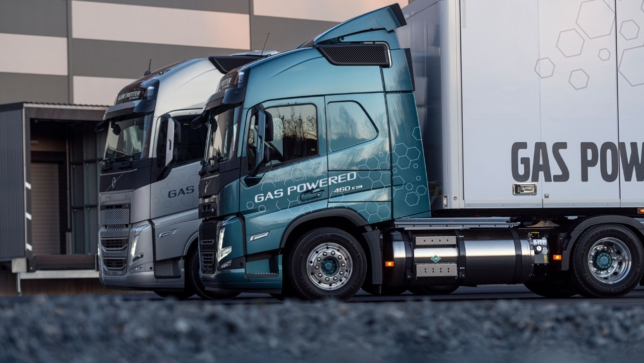 Volvo Trucks offer gas-powered vehicles for lower emissions i many transport segments.